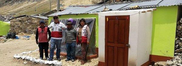 Entregan viviendas térmicas a 154 familias de zonas rurales de Ayacucho