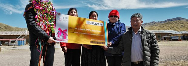 FIP donó más de 33 mil soles a estudiantes puneños afectados por friaje